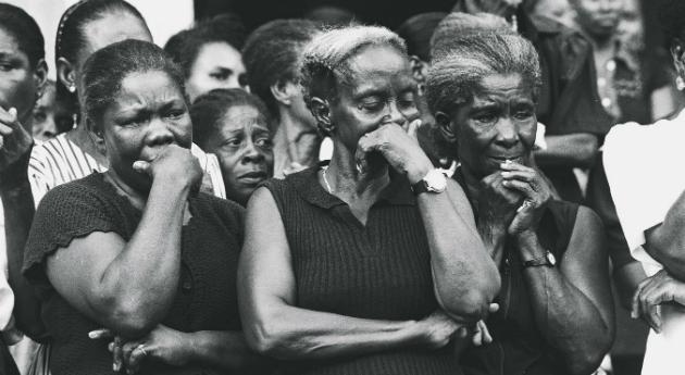 Mujeres víctimas. Foto: Jesús Abad Colorado