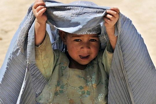 thumbs_ninos-conflicto-afganistan-01