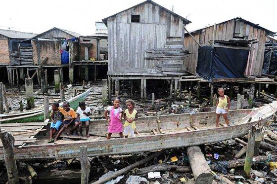 Tumaco, uno de los municipios del país más golpeados por el conflicto armado y la débil presencia del Estado. /