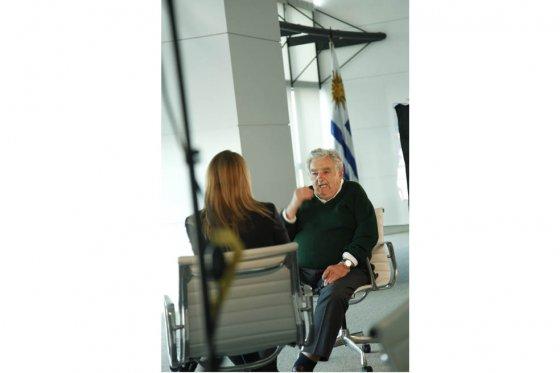 El presidente de Uruguay, José Mujica, durante la entrevista en Montevideo. / Héctor Córdoba