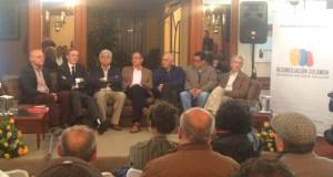 Proyecto Reconciliación Colombia    Foto: de izquierda a derecha Alvaro Villarraga, Antonio Navarro Wolf, Hernando Hernandez, José Aristizabal, Pablo Tatay, Enrique Flórez, Francisco de Roux.