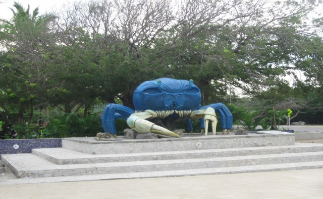 Foto Puche 2015/ Monumento al Cangrejo Azul Parque del Cangrejo -  Barrio Crespo. Lo que nos queda.