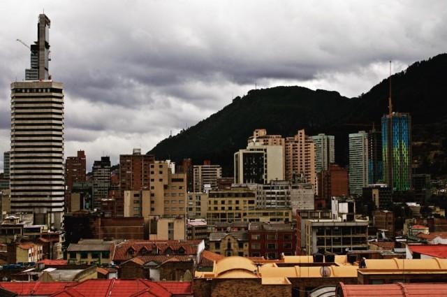 Foto: Brandon E. Pinto Gaitán/ Bogotá nocturna/ 11 de abril de 2015