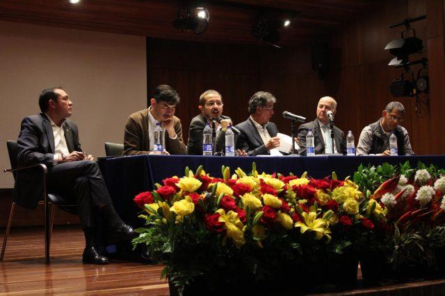 Foto: Corporación Nuevo Arco iris/ Foro: El reto de sacar las armas de la política/ Octubre 27 de 2016