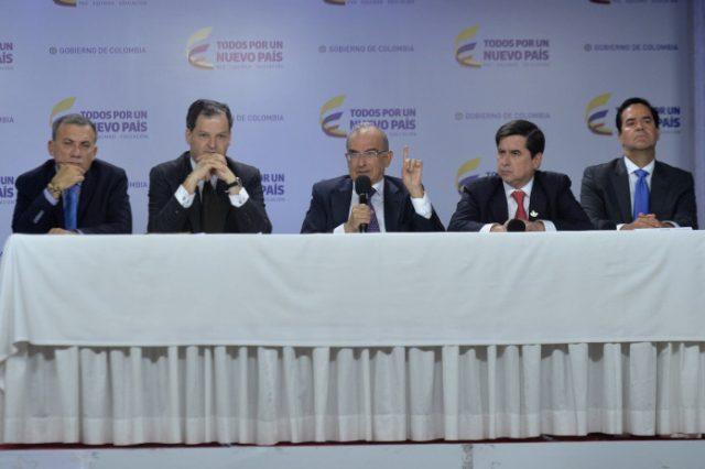 Foto: Juan David Tena/ Los integrantes del Equipo Negociador del Gobierno dieron una amplia explicación sobre los cambios, las precisiones y los ajustes del nuevo Acuerdo General firmado con las Farc.