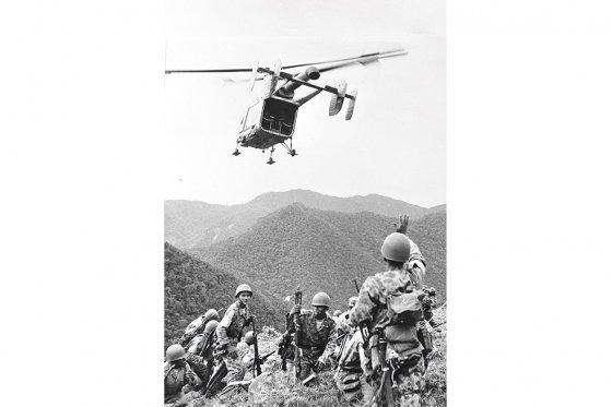 El 14 de junio, la FAC bombardeó con proyectiles de alto poder el altiplano de Marquetalia, que era la sede del comando de 'Marulanda'. / Archivo - El Espectador