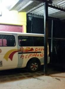 Foto: Yeison Rojas/ Algunos vehículos fueron pintados con las iniciales del grupo posparamilitar.