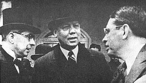 Foto: Portal periodismo sin fronteras/ Alfonso López Pumarejo, Enrique Olaya Herrera y Eduardo Santos. Los tres líderes liberales se aliaron con el comunismo para acabar con el Ejército de Colombia