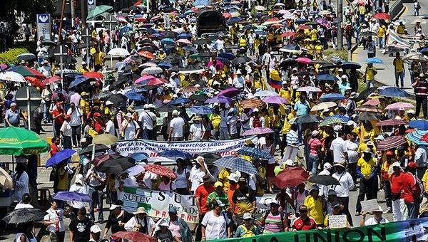 Foto: El País de Colombia/ Ante esta lucha legítima de campesinos e indígenas, Fernándo Cuervo, estimó que si el Gobierno no cumple con los acuerdos en el tema agrario ahora, entonces no cumplirá después con los acuerdos de paz firmados en La Habana.